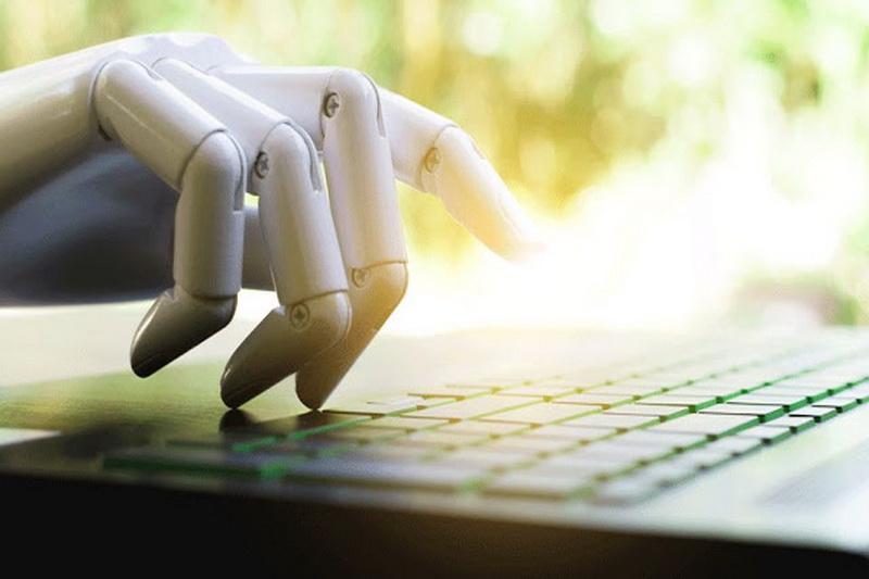 ویرایش متون به یاری هوش مصنوعی