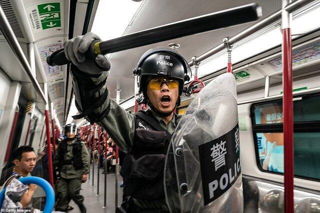 پلیس هنگ کنگ زیر تیغ عفو بین الملل