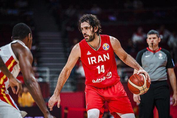 دلیل افزایش فعالیت های مجازی کاپیتان تیم ملی بسکتبال چیست؟