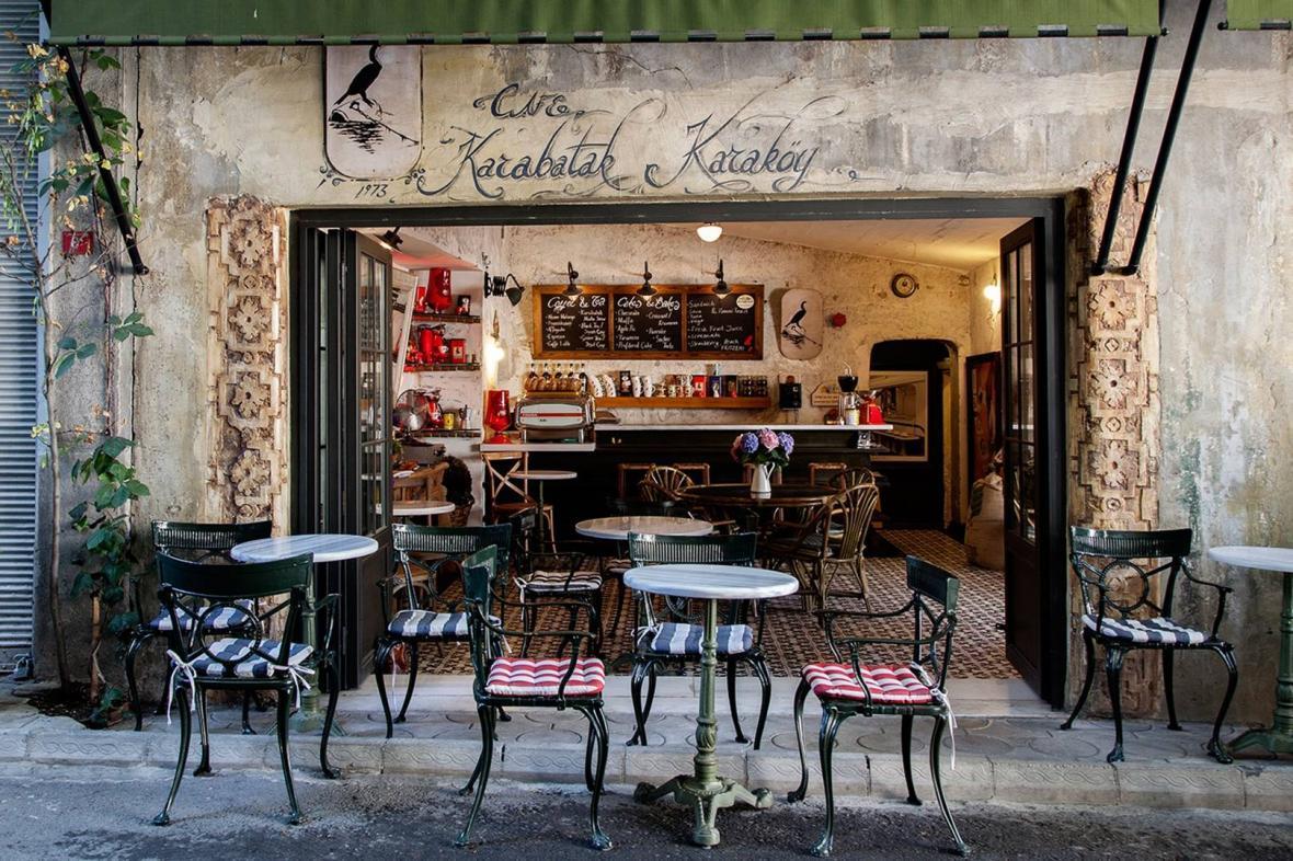آشنایی با محله کاراکوی استانبول Karak&oumly