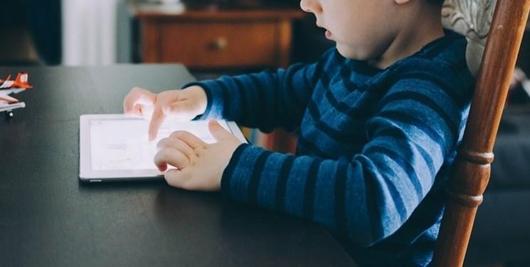 گوشی هوشمند مغز بچه ها را تغییر می دهد