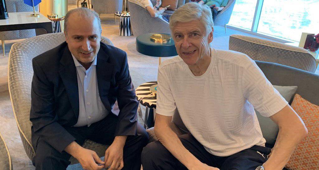آرسن ونگر به ایران سفر می نماید