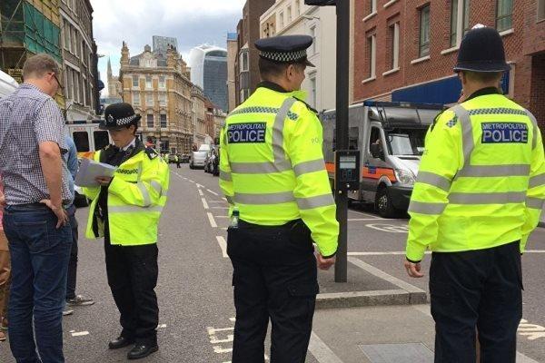 تیراندازی در لندن، هشدار پلیس انگلیس به مردم