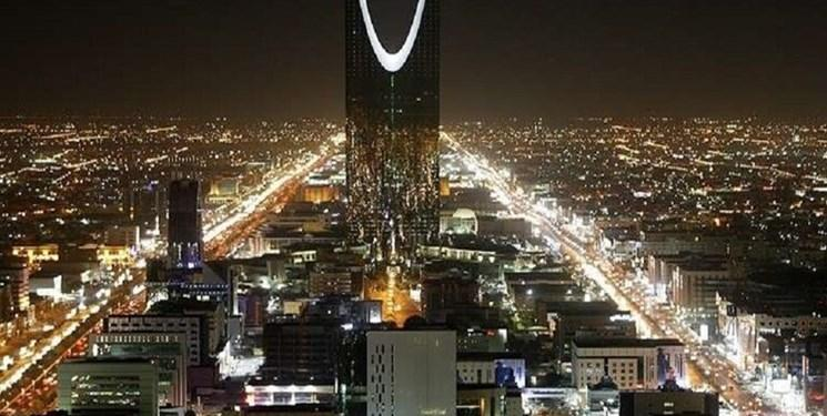 عربستان قانون منع آمد و شد شبانه برای مقابله با کرونا وضع کرد