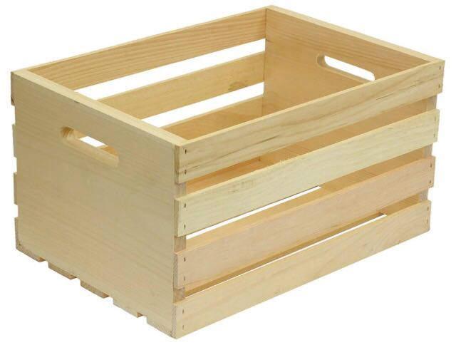 استفاده از جعبه های چوبی برای ساخت قفسه