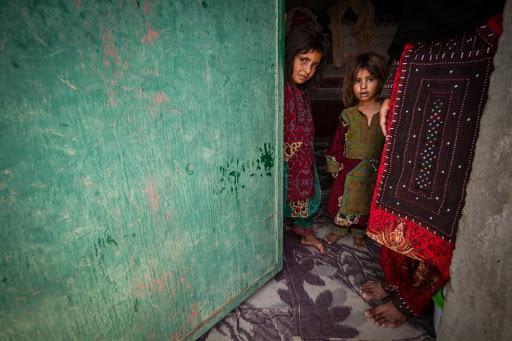جمع آوری یاری هزینه مخارج زندگی خانواده های بی بضاعت به دلیل شرایط کنونی
