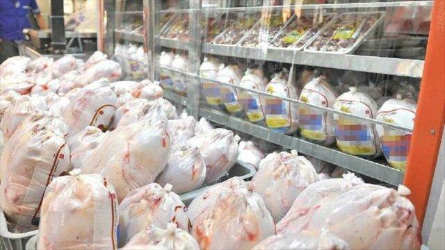 مدیرعامل اتحادیه مرغداران گوشتی استان مرکزی خواستار رفع مشکل تامین نهاده شد