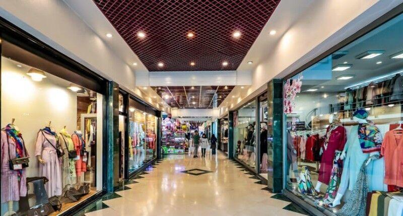 مردانی:مراکز بزرگ خرید باید تعطیل شوند، ایمنی گله ای فاجعه آور است