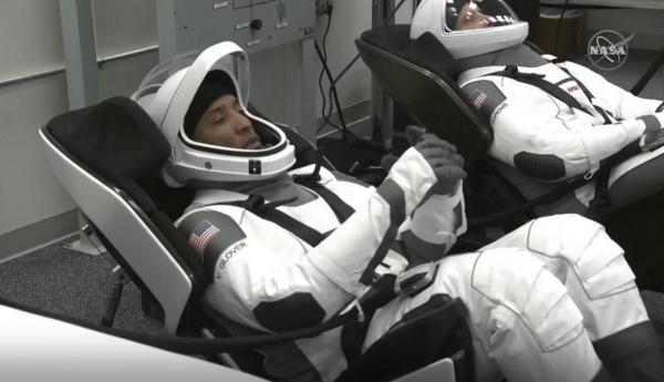 اولین سفر تجاری اسپیس اکس در فضا