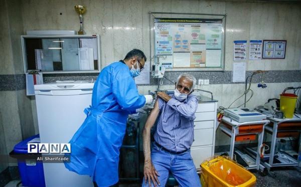سامانه ثبت نام واکسن کرونا برای 75 ساله ها باز شد
