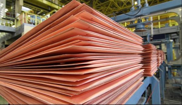 تاثیر افزایش قیمت جهانی فولاد بر بورس ، چرا سهام فولاد رشد نمی کند؟