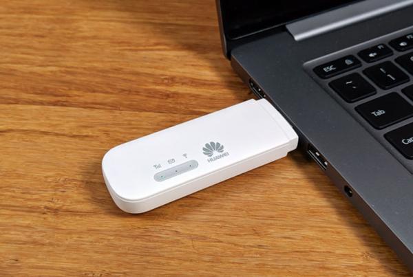 دانگل 4G هواوی E8372-820: یک دقیقه ای به اینترنت موبایل وصل شو!