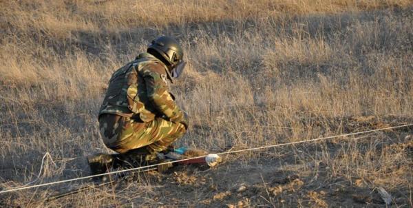 باکو: ارتش ارمنستان حتی روی تنه درختان منطقه نیز مین ضد نفر کار گذاشته بود